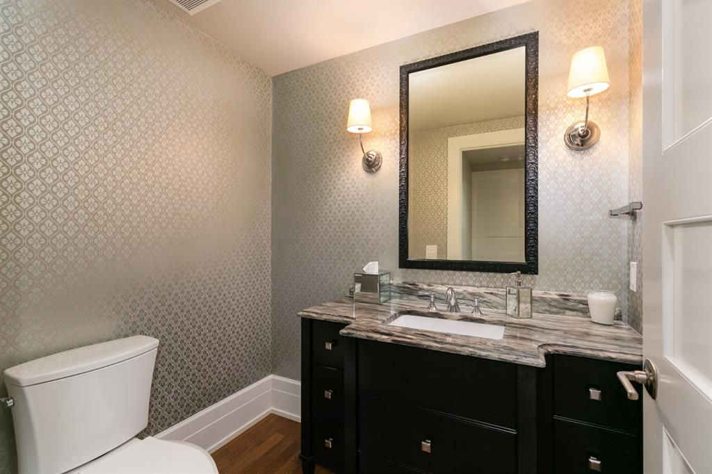 Photo 36: Photos: 1420 Beverley Place SW in Calgary: Bel-Aire Detached for sale : MLS®# A1060007