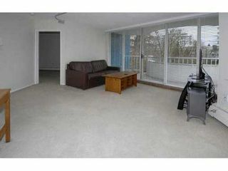"Photo 3: 202 4691 W 10TH Avenue in Vancouver: Point Grey Condo for sale in ""WESTGATE"" (Vancouver West)  : MLS®# V1042017"