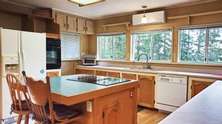 Photo 8: 2747 Shoal Rd in : GI Pender Island House for sale (Gulf Islands)  : MLS®# 863111