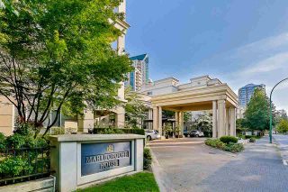 """Photo 1: 215 3098 GUILDFORD Way in Coquitlam: North Coquitlam Condo for sale in """"Marlborough House"""" : MLS®# R2555824"""