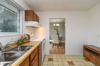 Photo 11: 668 Pritchard Rd in : CV Comox (Town of) House for sale (Comox Valley)  : MLS®# 870791