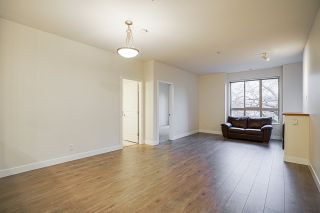"""Photo 12: 205 245 ROSS Drive in New Westminster: Fraserview NW Condo for sale in """"GROVE AT VICTORIA HILL"""" : MLS®# R2543639"""
