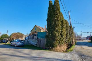 Photo 11: 337-339 EWEN Avenue in New Westminster: Queensborough House for sale : MLS®# R2542516