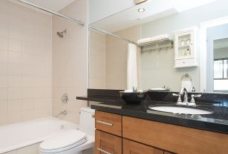 "Photo 17: 406 1859 SPYGLASS Place in Vancouver: False Creek Condo for sale in ""San Remo"" (Vancouver West)  : MLS®# R2211824"