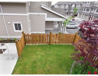 """Photo 10: 15 6852 193RD Street in Surrey: Clayton Townhouse for sale in """"Indigo"""" (Cloverdale)  : MLS®# F2817479"""