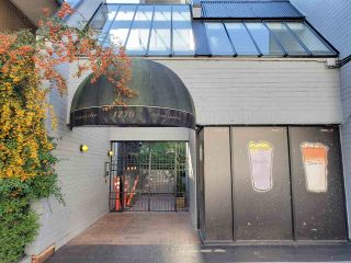 """Photo 3: 513 1270 ROBSON Street in Vancouver: West End VW Condo for sale in """"ROBSON GARDENS"""" (Vancouver West)  : MLS®# R2520033"""