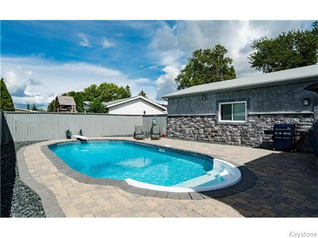 Photo 19: Photos: 120 Brookhaven Bay in Winnipeg: Southdale Residential for sale (2H)  : MLS®# 1622301