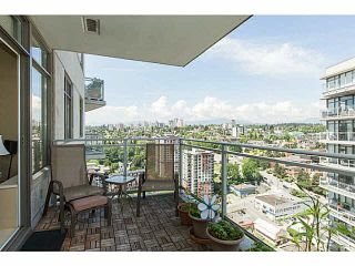 Photo 2: 3305 898 CARNARVON STREET in New Westminster: Downtown NW Condo for sale ()  : MLS®# V1123640