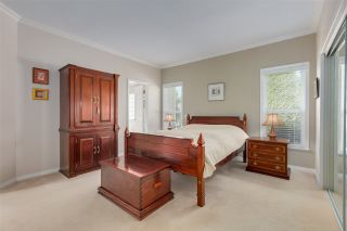 """Photo 20: 11 1881 144 Street in Surrey: Sunnyside Park Surrey Townhouse for sale in """"Brambley Hedge"""" (South Surrey White Rock)  : MLS®# R2480598"""
