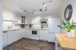 Photo 5: 302 1575 BEST Street: Condo for sale in White Rock: MLS®# R2560009