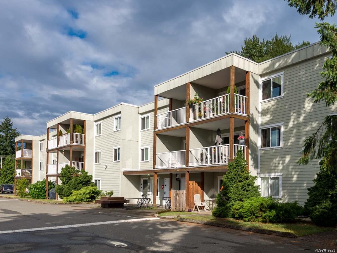 Main Photo: 309 1130 Willemar Ave in COURTENAY: CV Courtenay City Condo for sale (Comox Valley)  : MLS®# 819923