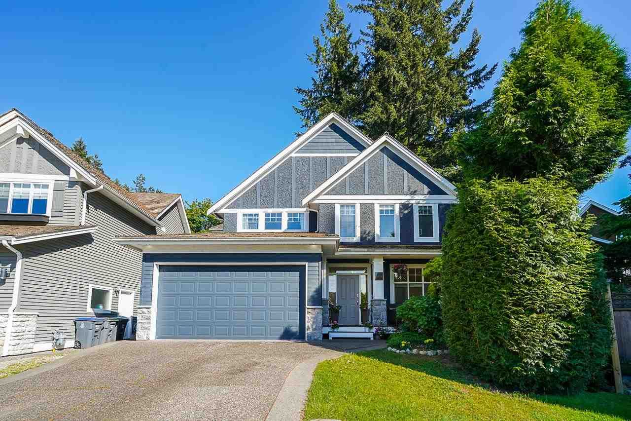 """Main Photo: 15575 36B Avenue in Surrey: Morgan Creek House for sale in """"ROSEMARY WYND"""" (South Surrey White Rock)  : MLS®# R2565329"""