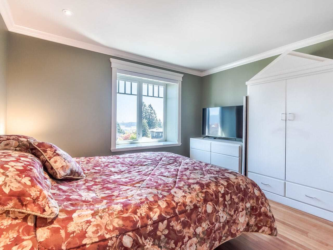 Photo 32: Photos: 905 LAUREL Street in New Westminster: The Heights NW House for sale : MLS®# R2570711