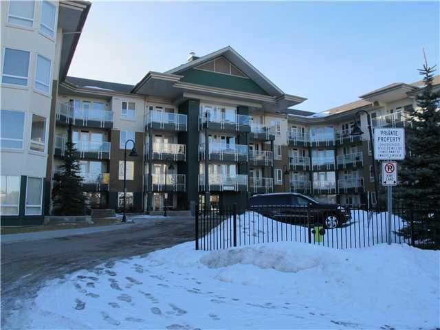 Main Photo: 419 - 3111 34 Avenue NW in Calgary: Varsity Village Condo for sale : MLS®# C3596238