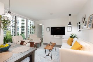 """Photo 10: 528 1783 MANITOBA Street in Vancouver: False Creek Condo for sale in """"Residences at West"""" (Vancouver West)  : MLS®# R2595306"""