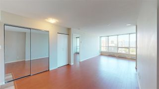 """Photo 6: 1806 6088 WILLINGDON Avenue in Burnaby: Metrotown Condo for sale in """"CRYSTAL RESUDENCE"""" (Burnaby South)  : MLS®# R2363780"""