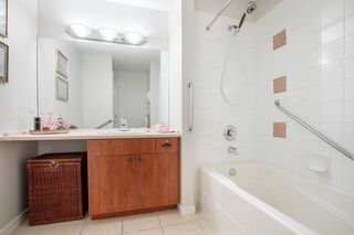 """Photo 12: 415 7089 MONT ROYAL Square in Vancouver: Champlain Heights Condo for sale in """"CHAMPLAIN VILLAGE"""" (Vancouver East)  : MLS®# R2394689"""