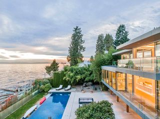 Photo 1: 166 28TH STREET in Vancouver: Dundarave House for sale (West Vancouver)  : MLS®# R2622465
