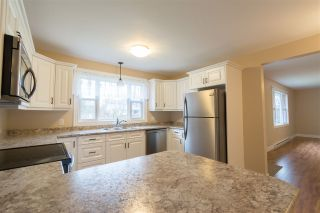 Photo 6: 1590 Maple Street in Kingston: 404-Kings County Residential for sale (Annapolis Valley)  : MLS®# 202007297