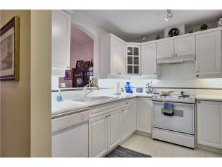 """Photo 11: 218 5835 HAMPTON Place in Vancouver: University VW Condo for sale in """"ST JAMES HOUSE"""" (Vancouver West)  : MLS®# V1116067"""