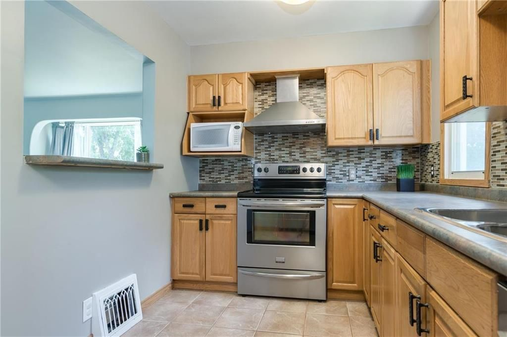 Photo 8: Photos: 665 Government Avenue in Winnipeg: Residential for sale (3B)  : MLS®# 202016023