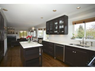 Photo 10: 20923 YEOMANS CRESCENT in Langley: Walnut Grove House for sale : MLS®# R2010155
