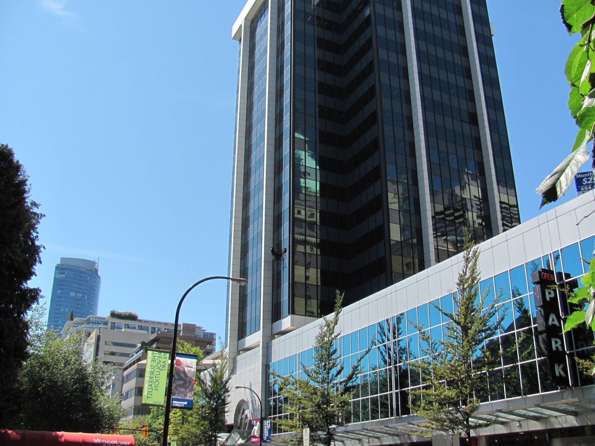 Main Photo: 777 Hornby Street in Vancouver: Office for lease