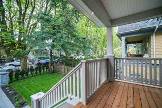 Photo 3: 497 E 10 Avenue in Vancouver: Mount Pleasant VE 1/2 Duplex for sale (Vancouver East)  : MLS®# R2360007
