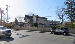 Photo 18: 438,440&442 Montreal St in : Vi James Bay House for sale (Victoria)  : MLS®# 871767