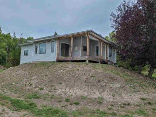 """Photo 4: 13330 MILES Road in Prince George: Beaverley House for sale in """"BEAVERLY"""" (PG Rural West (Zone 77))  : MLS®# R2498202"""