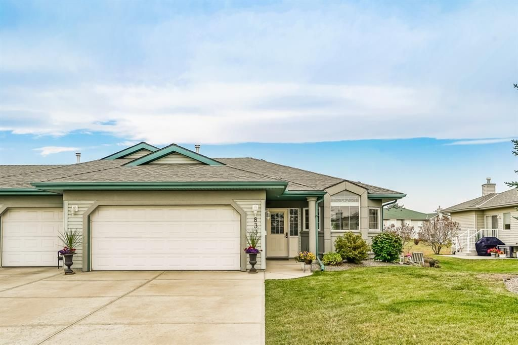 Main Photo: 833 Ascension Bay in Rural Rocky View County: Rural Rocky View MD Semi Detached for sale : MLS®# A1152160