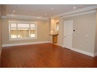 """Photo 2: 1775 E 12TH Avenue in Vancouver: Grandview VE 1/2 Duplex for sale in """"GRANDVIEW"""" (Vancouver East)  : MLS®# V851690"""