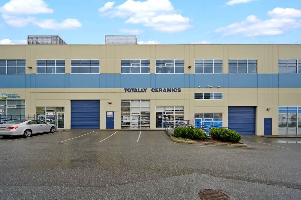 Main Photo: 119/128 18525 53 Avenue in Surrey: Cloverdale BC Industrial for sale (Cloverdale)  : MLS®# C8037530