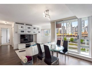 Photo 1: # 501 918 COOPERAGE WY in Vancouver: Yaletown Condo for sale (Vancouver West)  : MLS®# V1120182