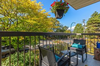 """Photo 1: 203 2910 ONTARIO Street in Vancouver: Mount Pleasant VE Condo for sale in """"ONTARIO PLACE"""" (Vancouver East)  : MLS®# R2618780"""