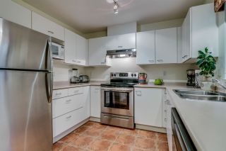 """Photo 5: 434 1252 TOWN CENTRE Boulevard in Coquitlam: Canyon Springs Condo for sale in """"THE KENNEDY"""" : MLS®# R2227746"""