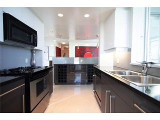 """Photo 5: 2202 1408 STRATHMORE MEWS ME in Vancouver: Yaletown Condo for sale in """"WEST ONE"""" (Vancouver West)  : MLS®# V969471"""