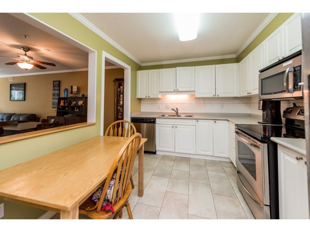 """Photo 6: Photos: 201 9626 148TH Street in Surrey: Guildford Condo for sale in """"Hartfood Woods"""" (North Surrey)  : MLS®# R2329881"""