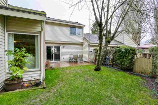 """Photo 19: 6187 E GREENSIDE Drive in Surrey: Cloverdale BC Townhouse for sale in """"Greenside Estates"""" (Cloverdale)  : MLS®# R2237894"""