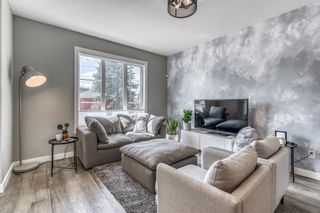 Photo 4: 1960 19 Street NW in Calgary: Banff Trail Row/Townhouse for sale : MLS®# A1099152