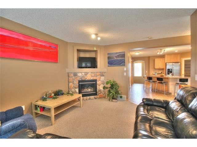 Photo 16: Photos: 304 EVERSYDE Circle SW in Calgary: Evergreen House for sale : MLS®# C4035934