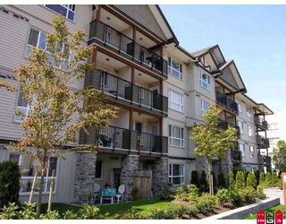 """Photo 1: 309 5465 203RD Street in Langley: Langley City Condo for sale in """"STATION 54"""" : MLS®# F2915058"""