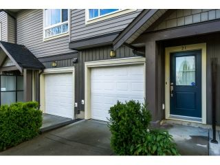 """Photo 2: 21 21867 50 Avenue in Langley: Murrayville Townhouse for sale in """"Winchester"""" : MLS®# R2009721"""