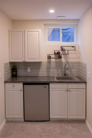 Photo 22: 32A Wellington Place SW in Calgary: Wildwood Semi Detached for sale : MLS®# A1117733