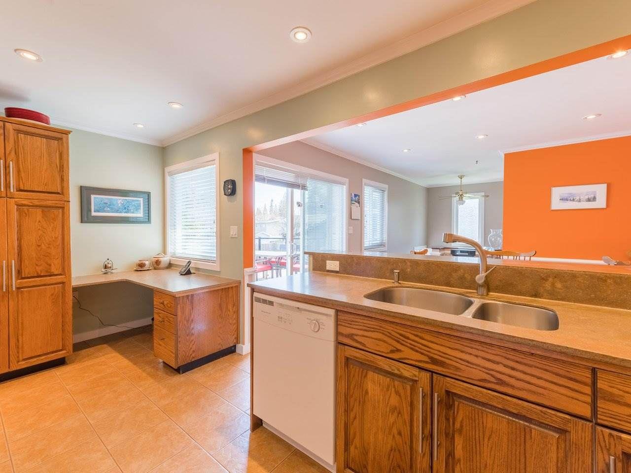 Photo 14: Photos: 808 REGAN Avenue in Coquitlam: Coquitlam West House for sale : MLS®# R2563486