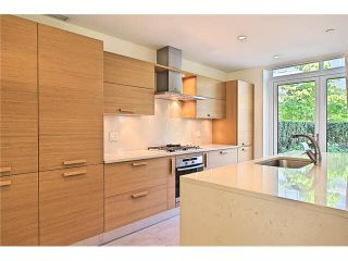 """Photo 7: 104 5838 BERTON Avenue in Vancouver: University VW Townhouse for sale in """"THE WESBROOK"""" (Vancouver West)  : MLS®# V1078429"""