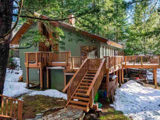 "Photo 33: 8361 VALLEY Drive in Whistler: Alpine Meadows House for sale in ""Alpine Meadows"" : MLS®# R2522011"