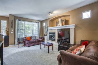 """Photo 6: 18468 66A Avenue in Surrey: Cloverdale BC House for sale in """"HEARTLAND"""" (Cloverdale)  : MLS®# R2476706"""