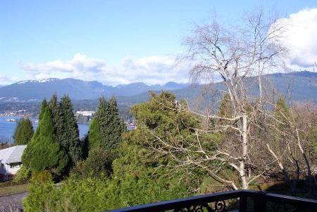 Photo 10: Photos: 7268 Ridge Drive in BURNABY: House for sale (Westridge BN)  : MLS®# 567422