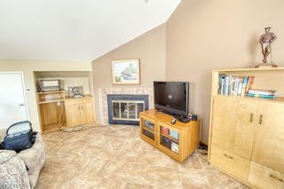 Photo 10: 232 2 Avenue NE in Calgary: Crescent Heights Detached for sale : MLS®# A1066844